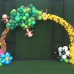 Safari-Sheep-Giraffe-Lion-Monkey-Flower-Balloon-Arch