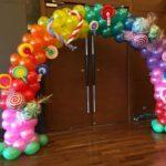 lollipop-candies-balloon-arch-decorations