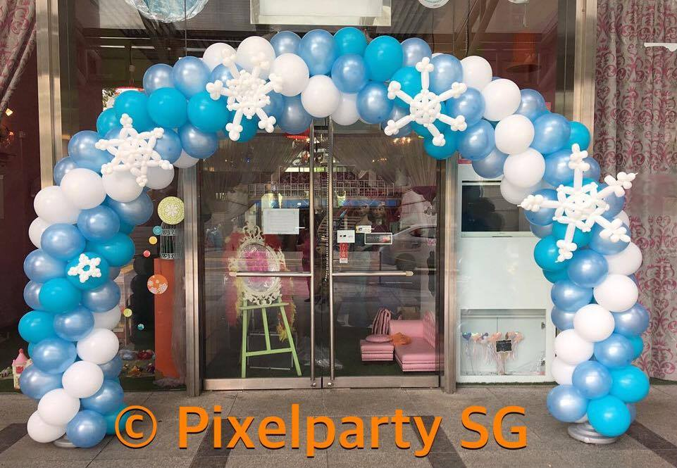 Balloon decoration service pixel party sg for Balloon decoration machine
